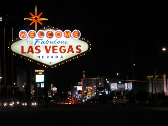 las vegas smoking hotels